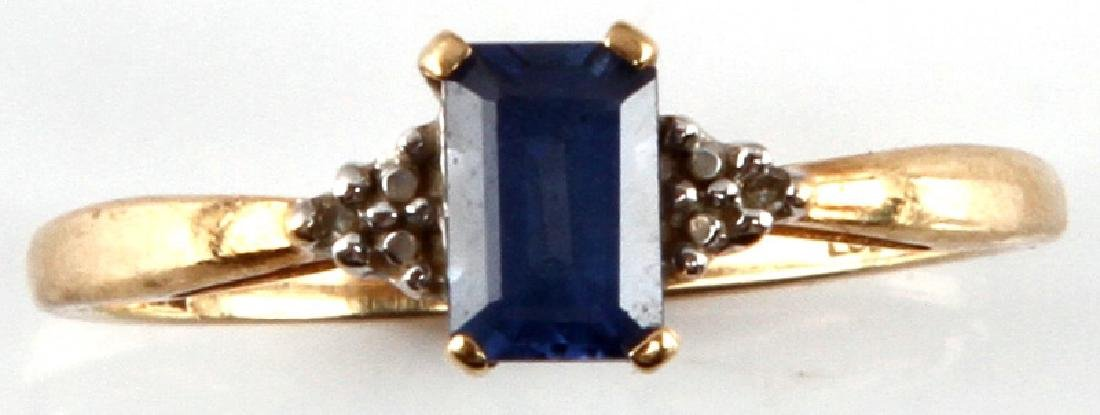 TANZANITE AND 10 KT YELLOW GOLD RING SIZE 7.5