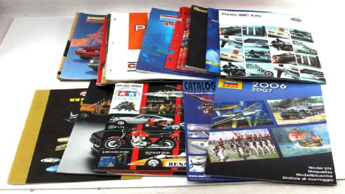 LARGE LOT OF MODEL TOY CATALOGS AND LITERATURE