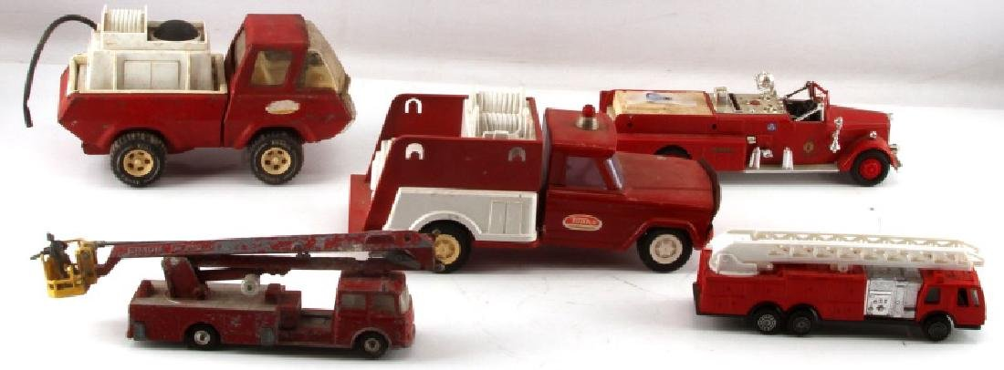 LOT OF 5 DIECAST COLLECTABLE MODEL FIRE TRUCKS