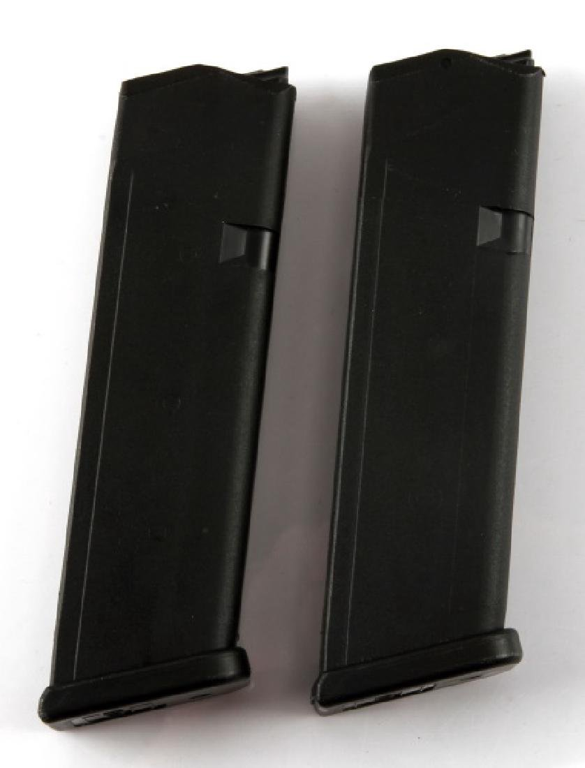2 GLOCK 17 9MM MAGAZINES