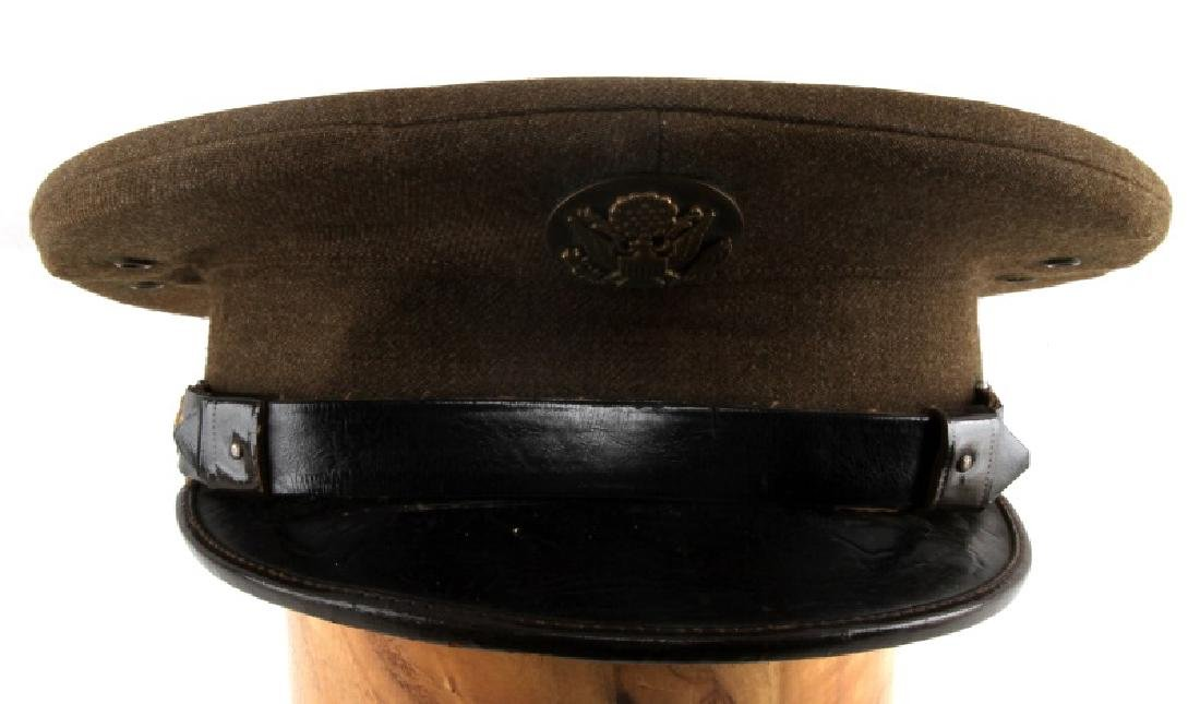 US WWII ENLISTED VISOR CAP WITH CHIN STRAP