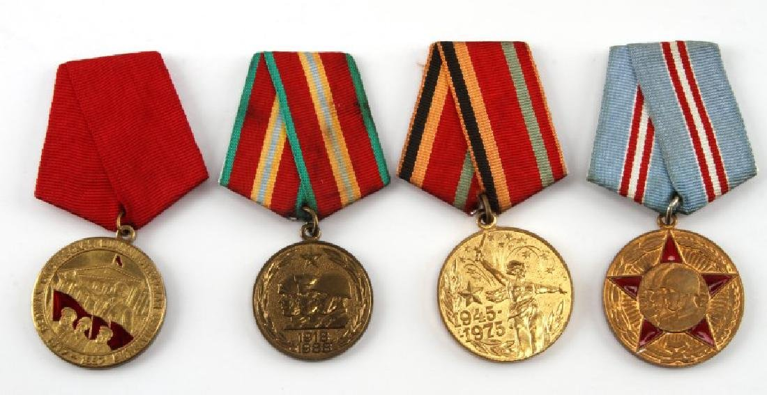 SOVIET ANNIVERSARY AND COMMEMORATIVE MEDAL LOT