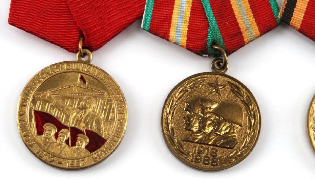 SOVIET ANNIVERSARY AND COMMEMORATIVE MEDAL LOT - 2