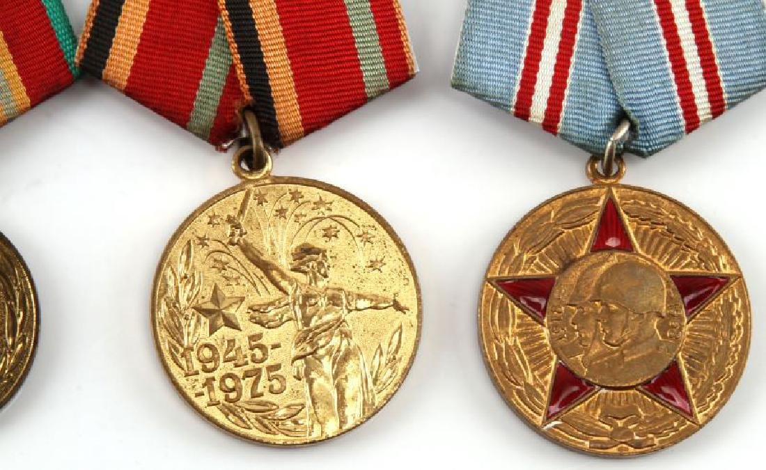 SOVIET ANNIVERSARY AND COMMEMORATIVE MEDAL LOT - 3