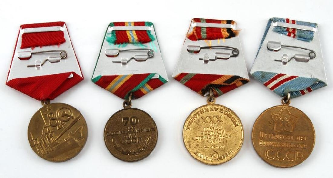 SOVIET ANNIVERSARY AND COMMEMORATIVE MEDAL LOT - 4