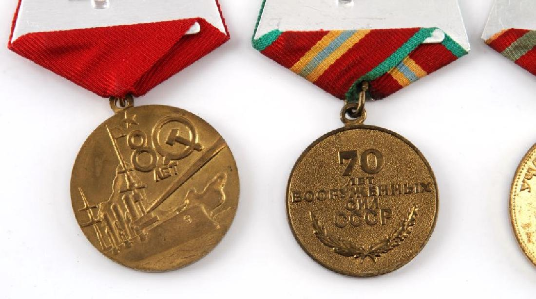 SOVIET ANNIVERSARY AND COMMEMORATIVE MEDAL LOT - 5