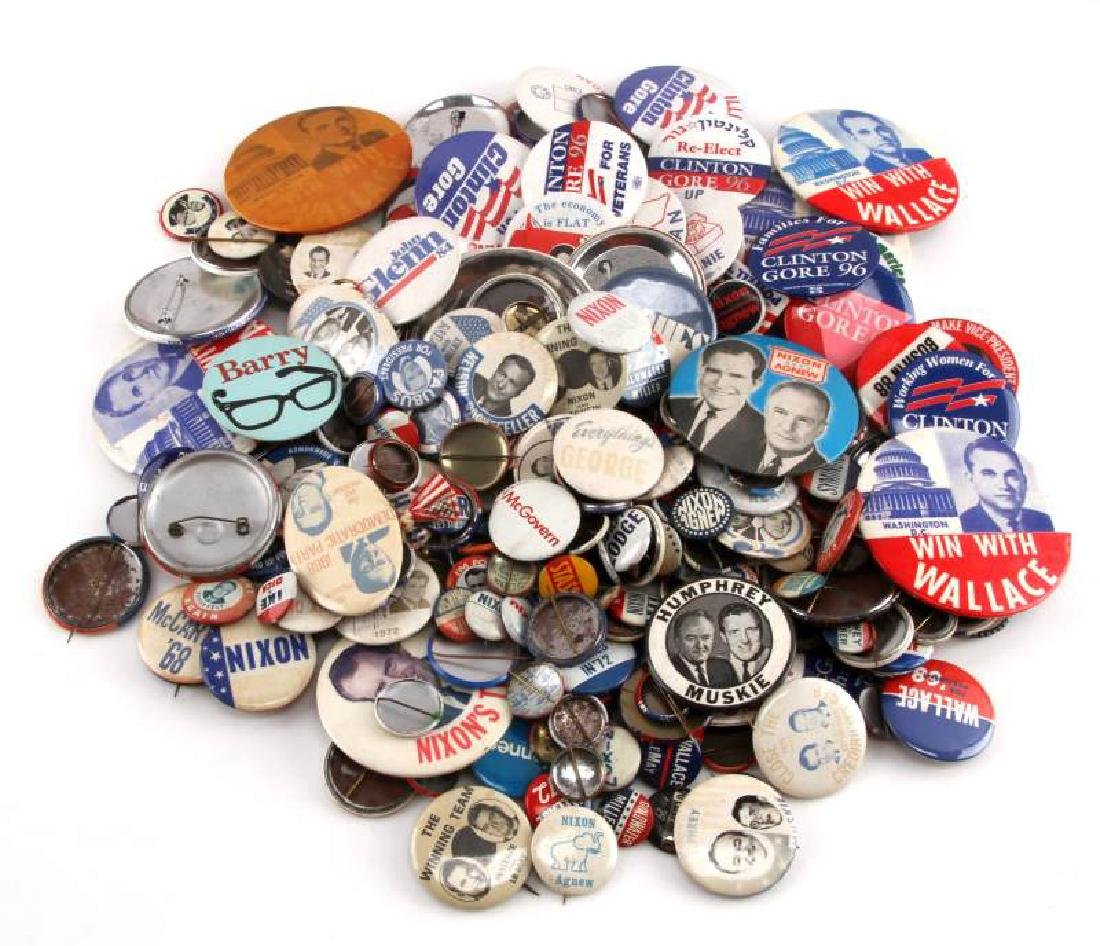 HUGE ASSORTED US POLITICAL CAMPAIGN BUTTON LOT