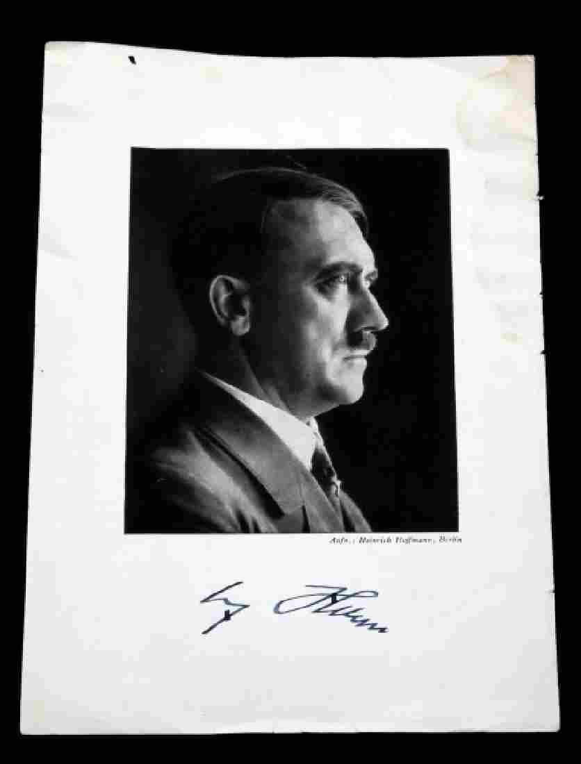 WWII THIRD REICH GERMAN SIGNED ADOLF HITLER PHOTO