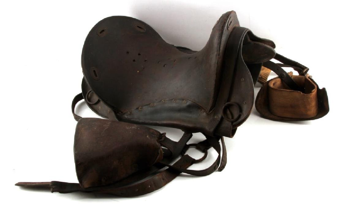 ANTIQUE U.S CAVALRY CIVIL WAR ERA SADDLE & STIRRUP