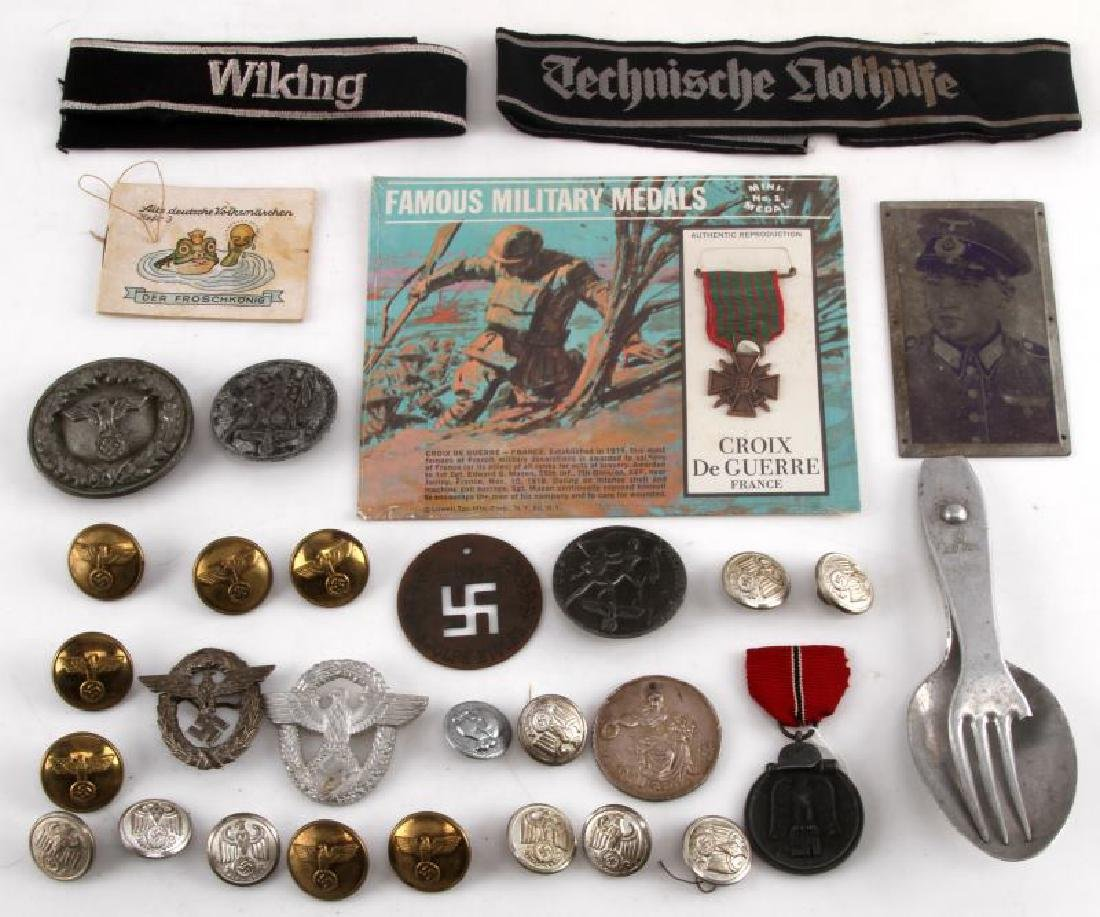 LOT OF MIXED GERMAN WWII ITEMS MEDALS TINNIES GEAR