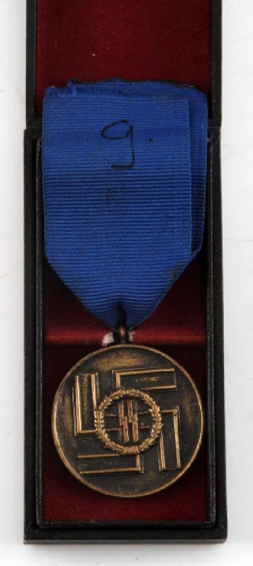 WWII GERMAN 3RD REICH SS 8 YEAR LONG SERVICE MEDAL