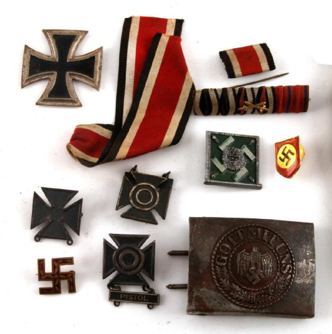 GERMAN WWII MIXED LOT IRON CROSS MEDALS BUCKLE - 2