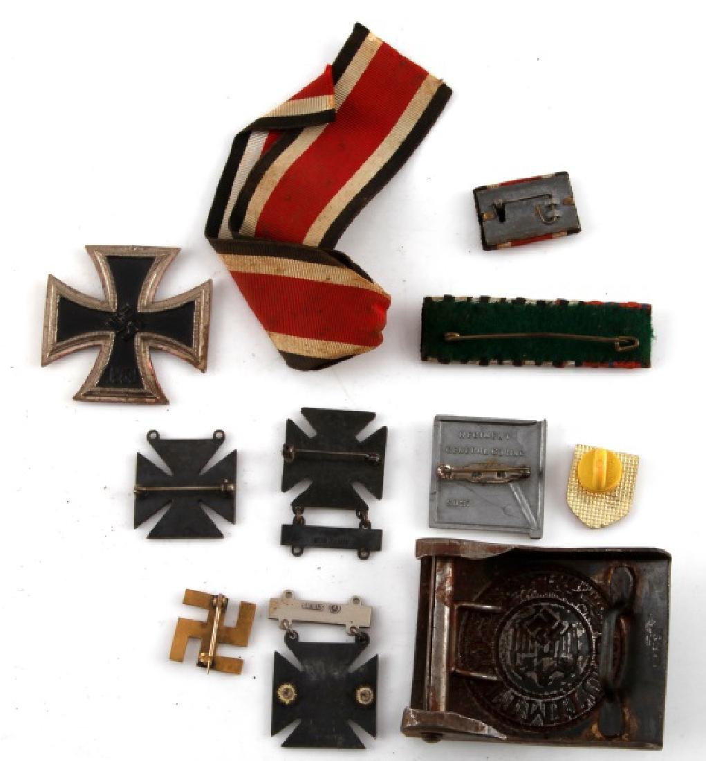 GERMAN WWII MIXED LOT IRON CROSS MEDALS BUCKLE - 3