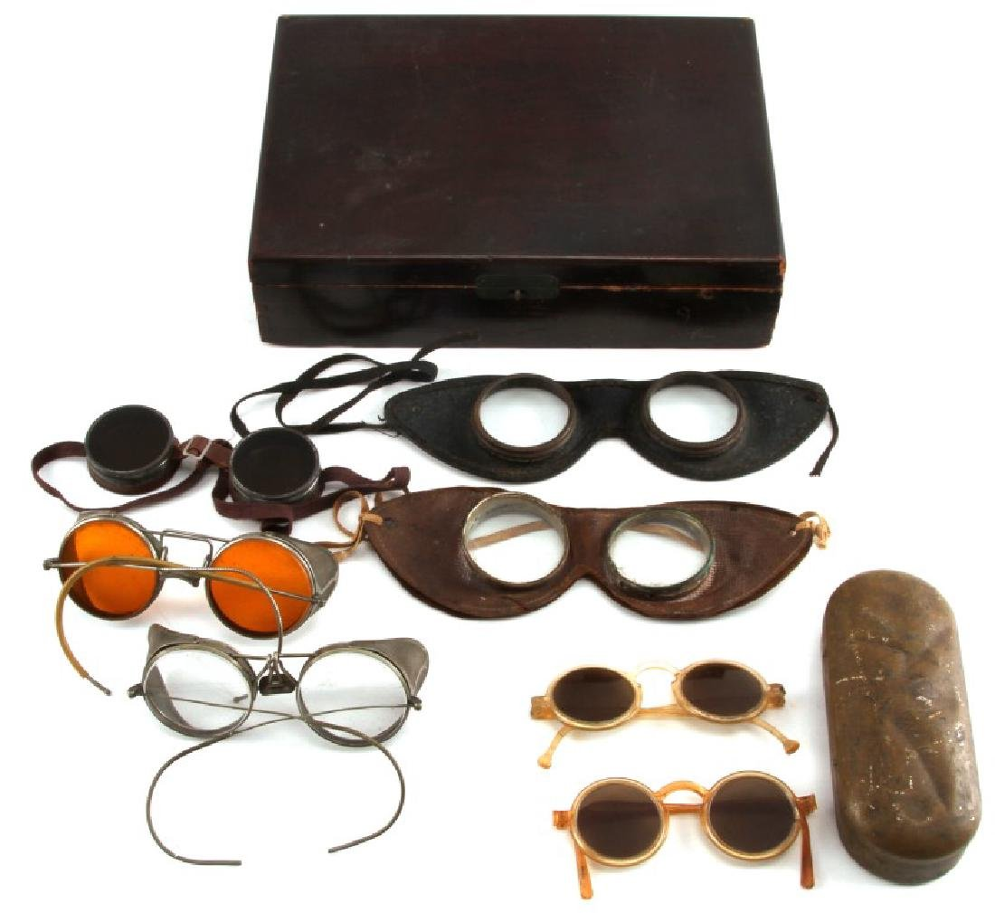8 PIECE LOT OF ANTIQUE DRIVING & AVIATION GOGGLES