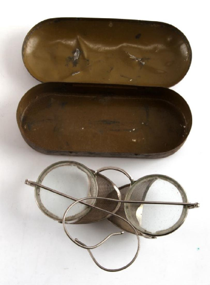 8 PIECE LOT OF ANTIQUE DRIVING & AVIATION GOGGLES - 5