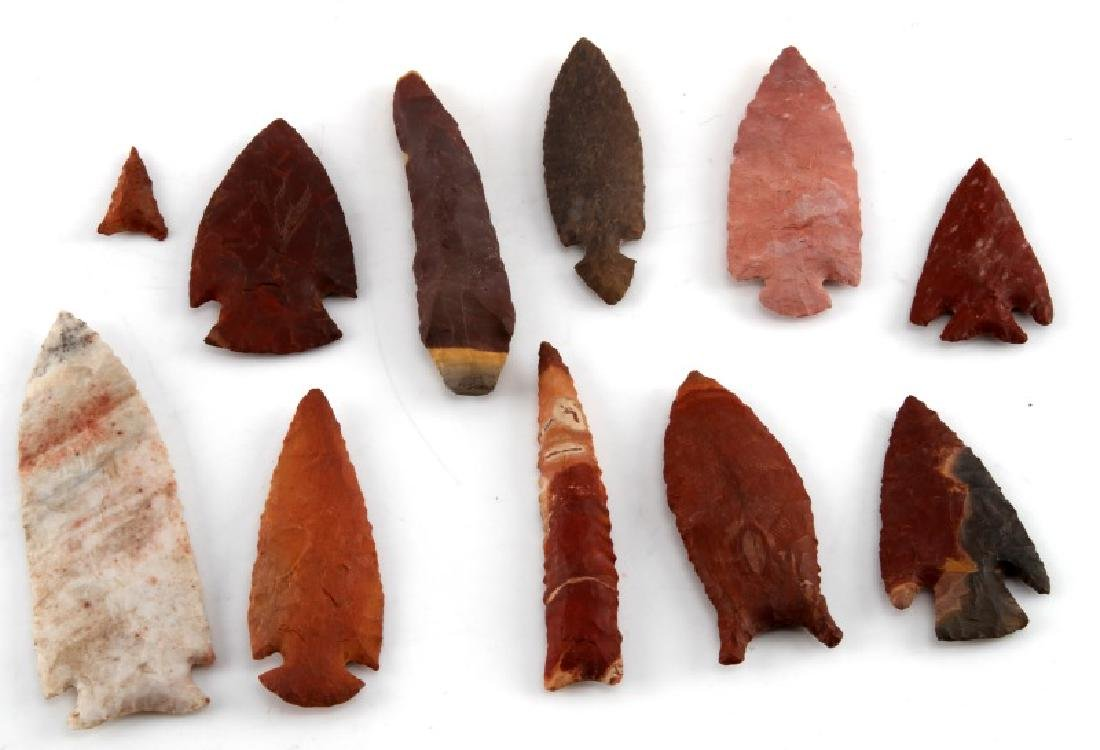 SMALL COLLECTION OF ARROWHEADS RED STONE & MORE