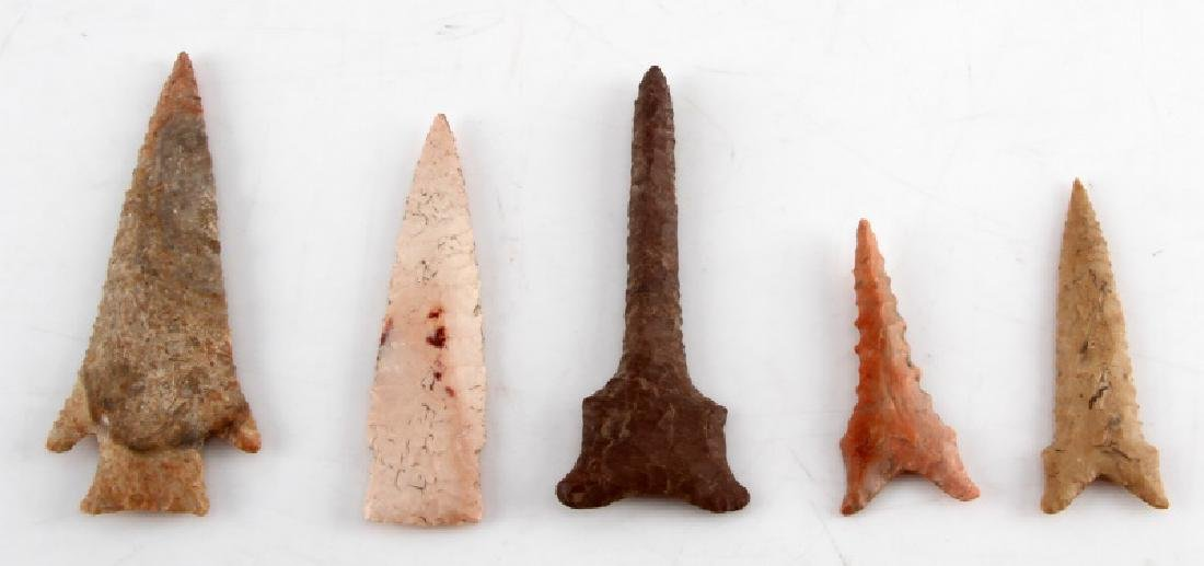 LOT OF 5 ARROWHEAD POINTS DRILLS DIFFERENT STONE