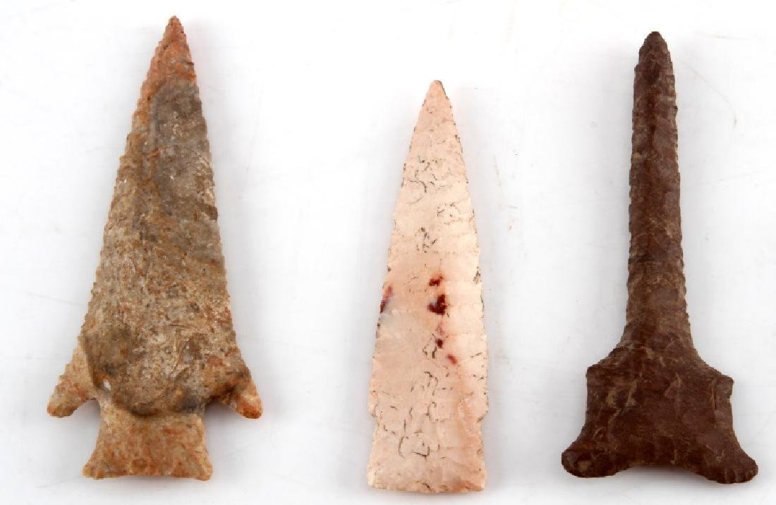 LOT OF 5 ARROWHEAD POINTS DRILLS DIFFERENT STONE - 2