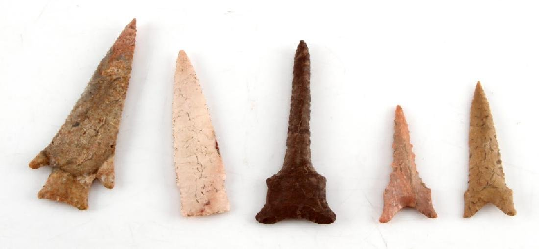 LOT OF 5 ARROWHEAD POINTS DRILLS DIFFERENT STONE - 4