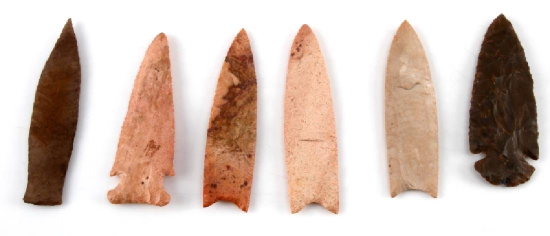 LOT OF 6 ARROWHEAD POINTS PEACH BROWN CHERT