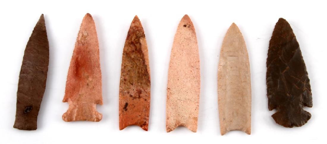 LOT OF 6 ARROWHEAD POINTS PEACH BROWN CHERT - 2