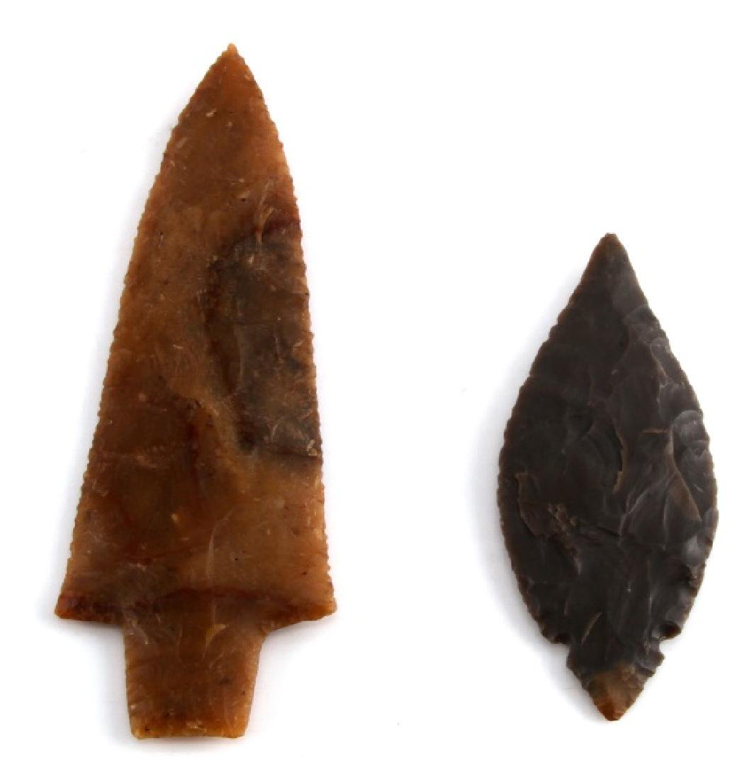NATIVE AMERICAN HAND CARVED ARROWHEAD LOT OF TWO