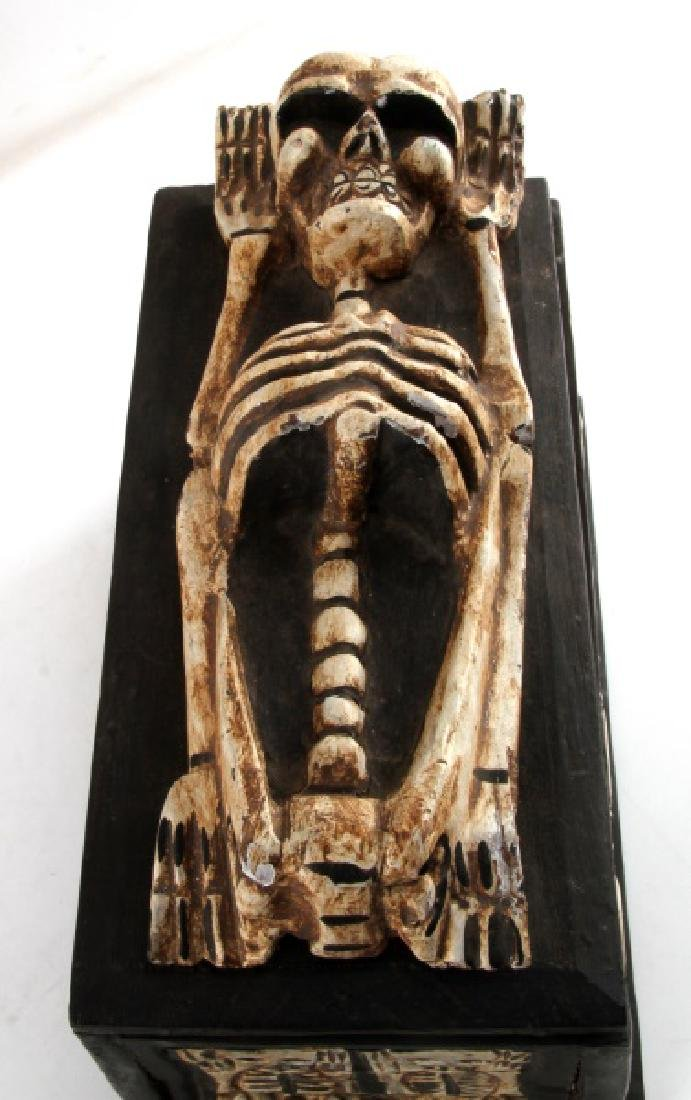 ANTIQUE ANIMIST TRIBAL AFRICAN MEMENTO MORI BOX - 2
