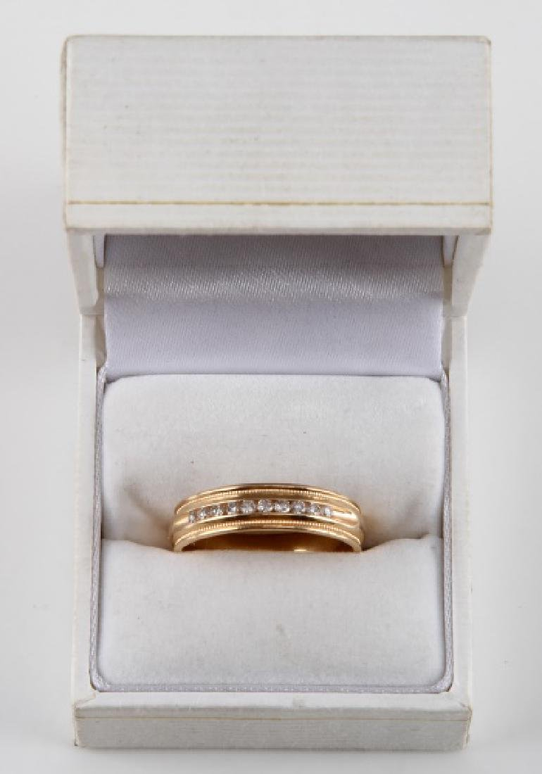 MENS 14KT YELLOW GOLD & DIAMOND RING BAND .15 TCW - 5
