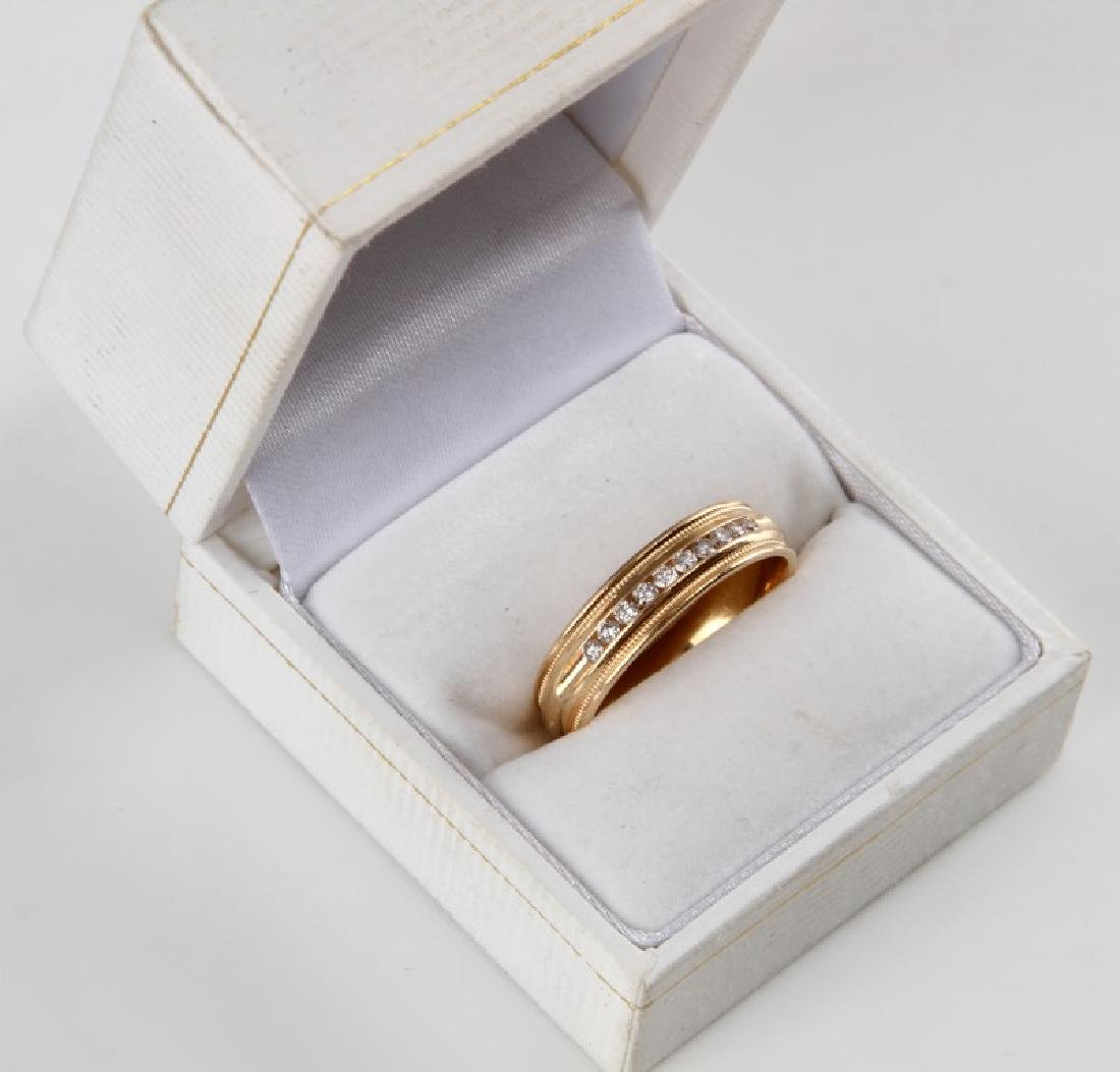 MENS 14KT YELLOW GOLD & DIAMOND RING BAND .15 TCW - 6