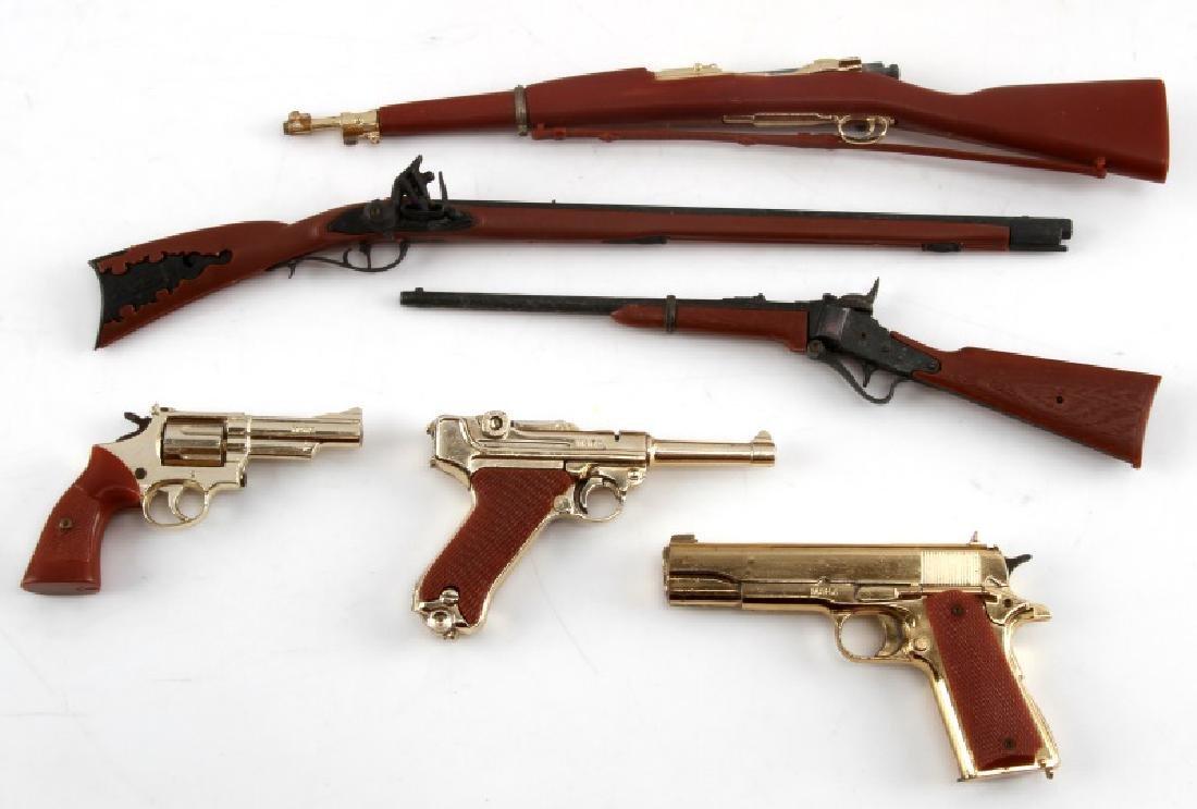 LOT OF 6 MARX VINTAGE MINIATURE GUNS