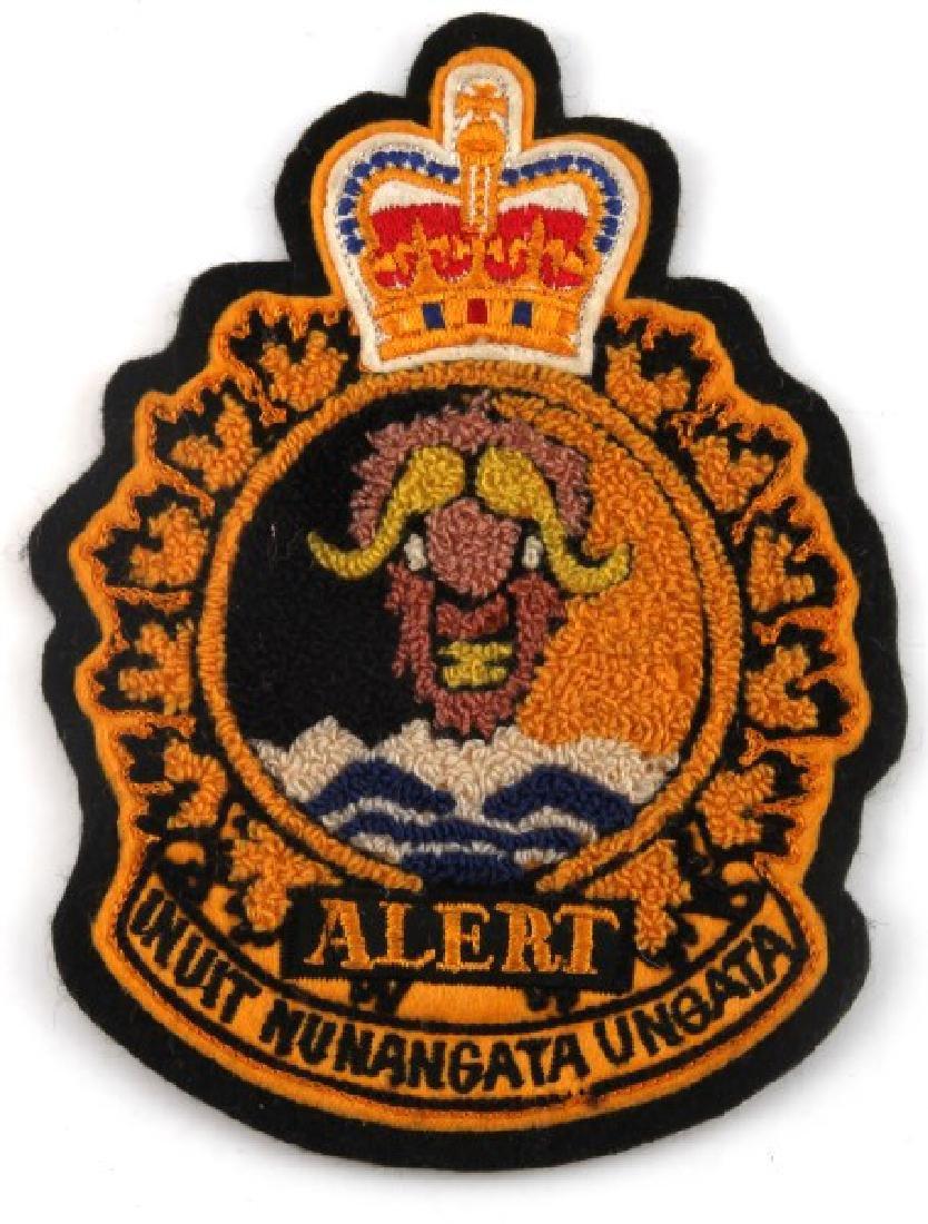 CANADIAN ROYAL AIR FORCE ALERT AND EUREKA BADGE