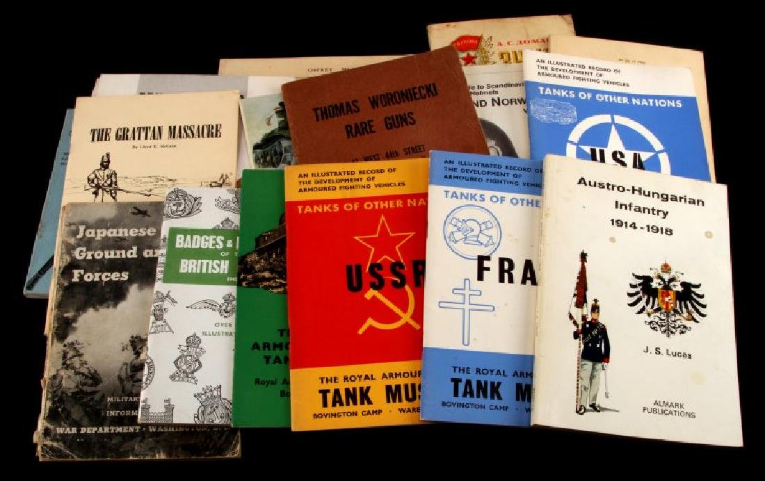 LOT ASSORTED MILITARY TANK MUSEUM GUIDEBOOKS ETC