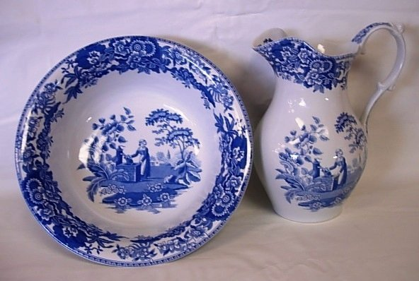 SPODE BLUE ROOM GIRL AT THE WELL PITCHER BOWL SET