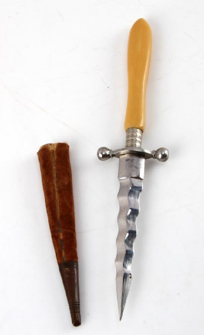ANTIQUE WAVY BLADE BOOT DAGGER & SHEATH