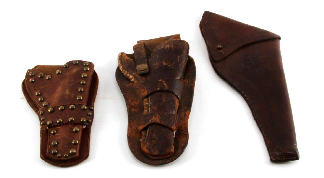 LOT OF ANTIQUE WESTERN LEATHER PISTOL GUN HOLSTERS