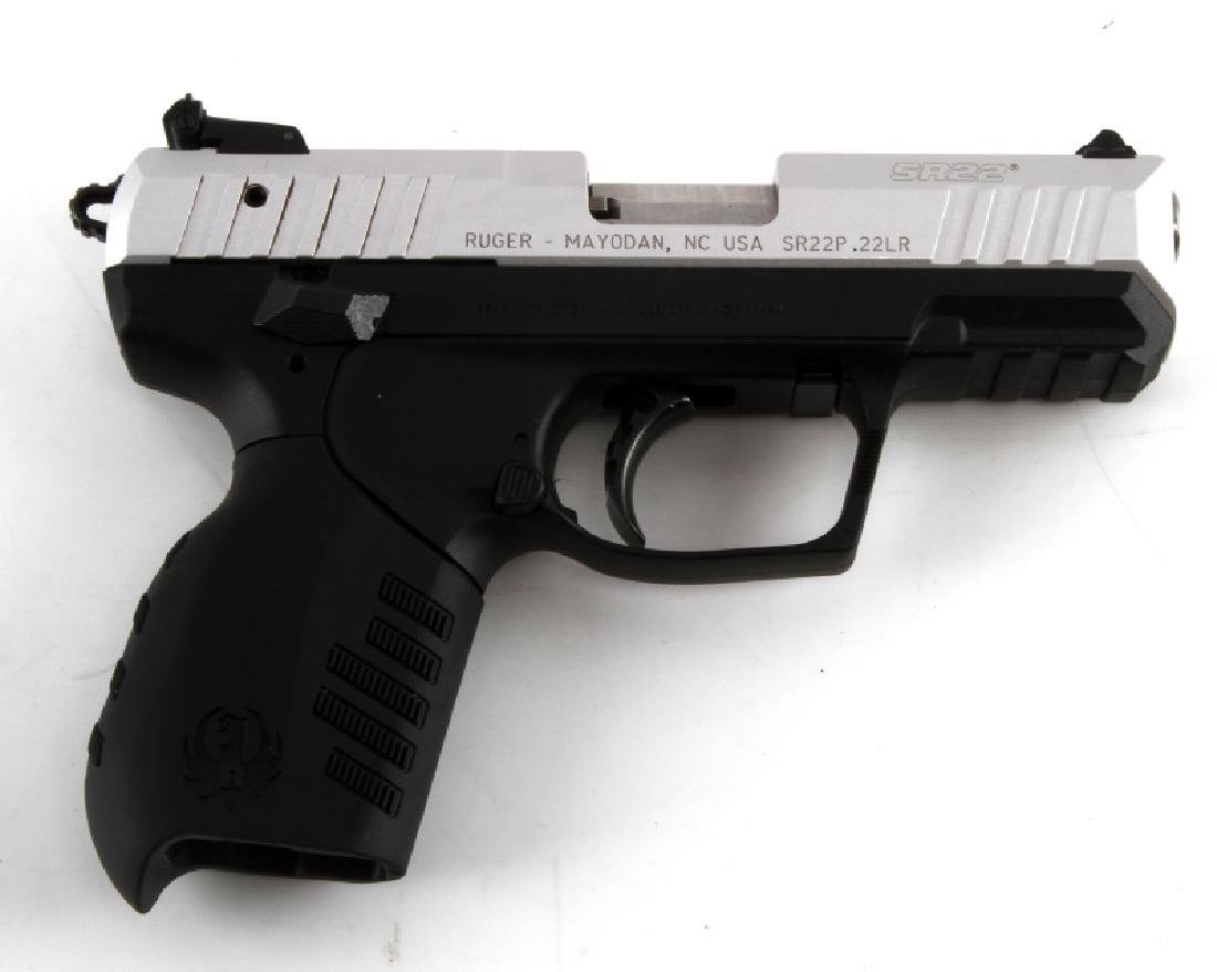 RUGER SR22 SEMI AUTOMATIC PISTOL IN .22LR W CASE