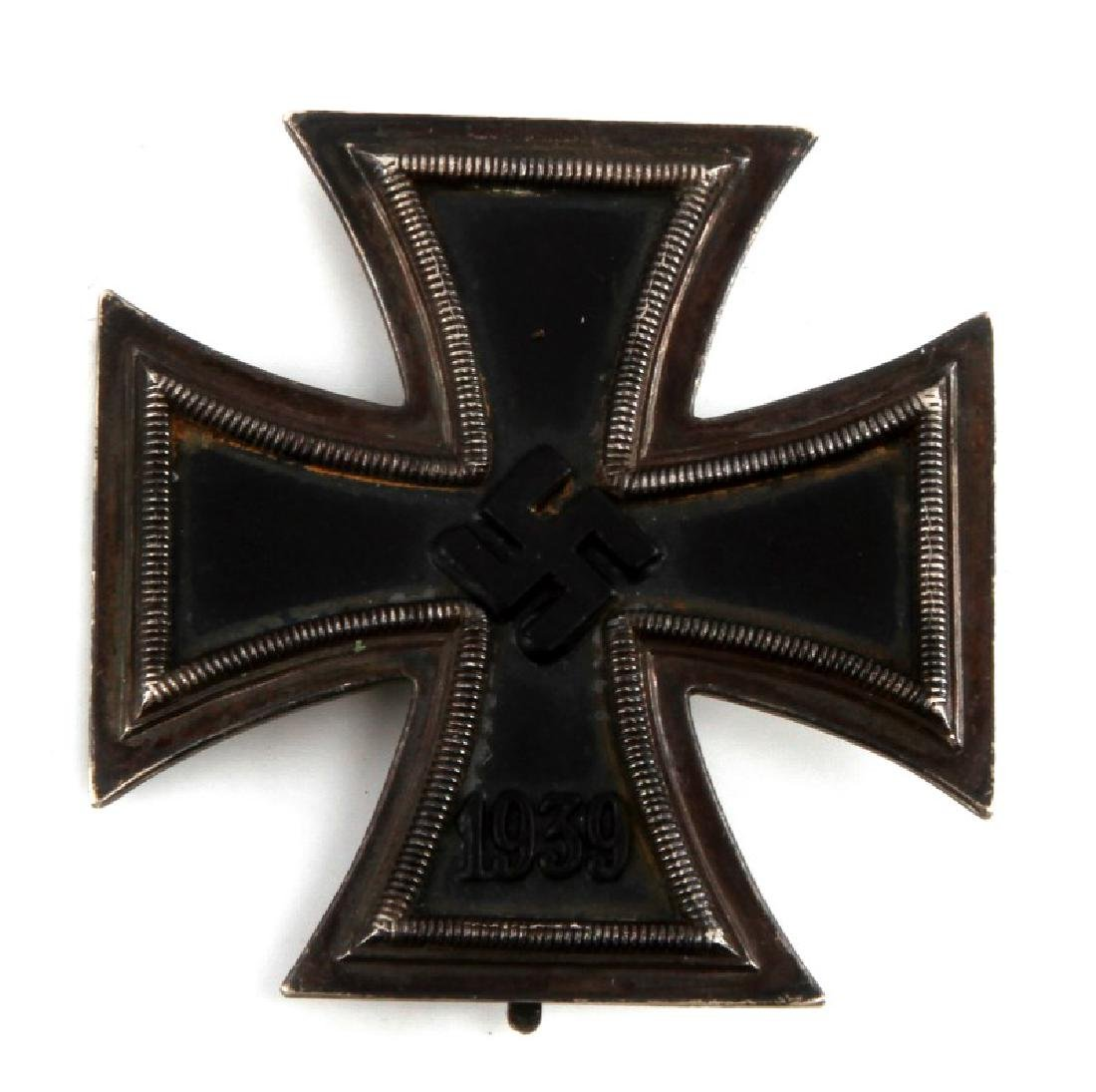 GERMAN WWII IRON CROSS 1939 THIN VERTICAL BACK PIN