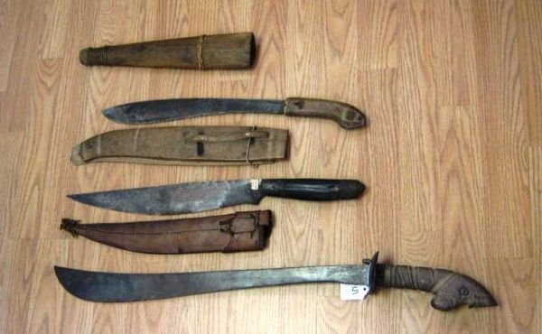 3 WWII BOLO BARONG PHILIPPINES KNIFE MACHETE LOT
