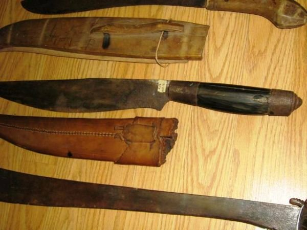 3 WWII BOLO BARONG PHILIPPINES KNIFE MACHETE LOT - 3