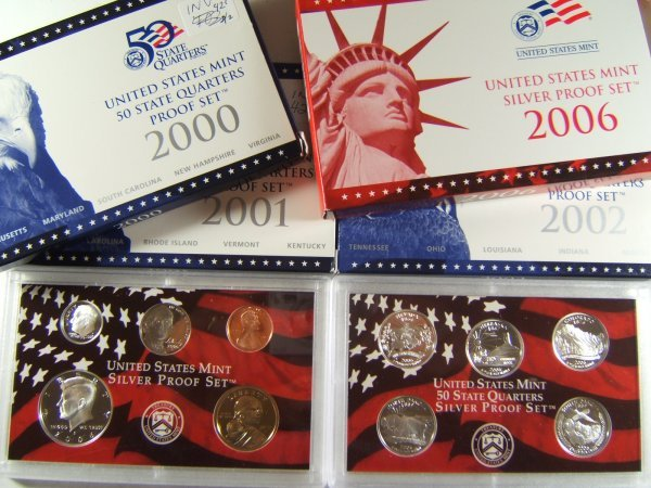 US MINT PROOF LOT OF 4 STATE QUARTERS & SILVER SET