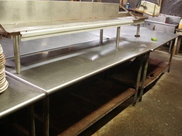 STAINLESS STEEL FOOD SERVICE PREP TABLE W/ SHELF