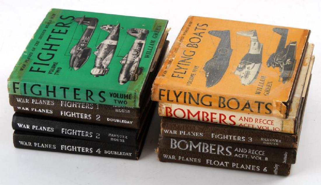 LOT OF 10 POCKET SIZE WAR PLANES & BOMBERS BOOKS