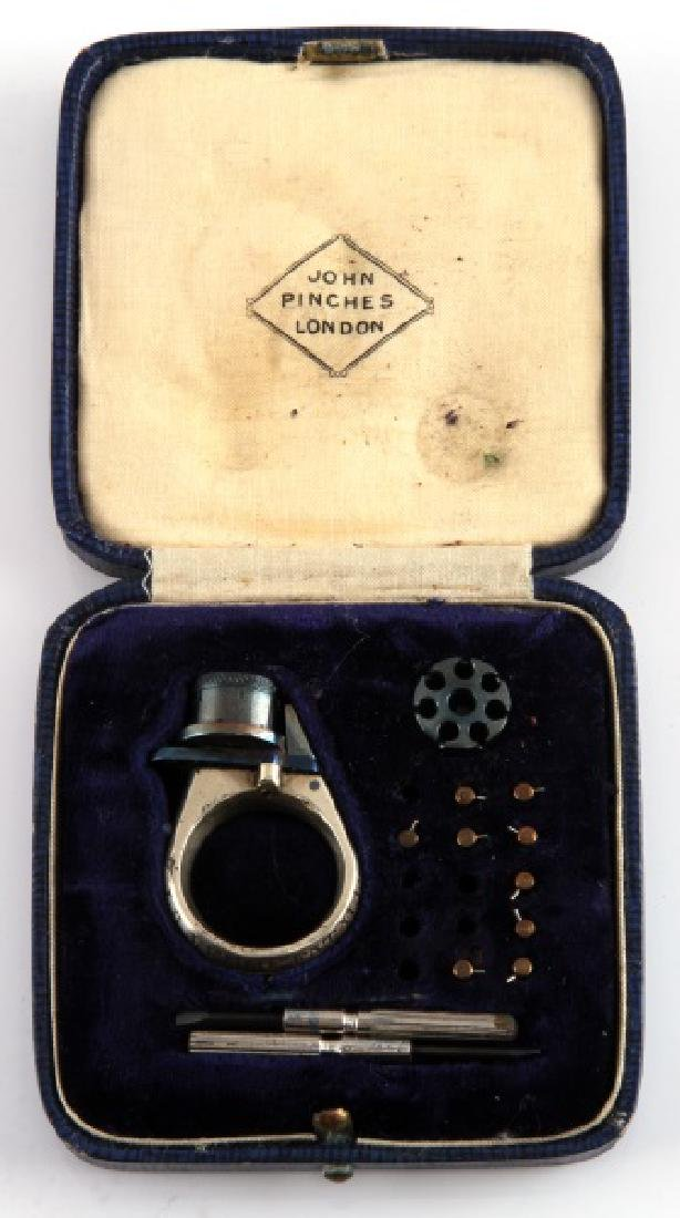 19TH C LA FEMME FATALE CASED REVOLVER RING GUN
