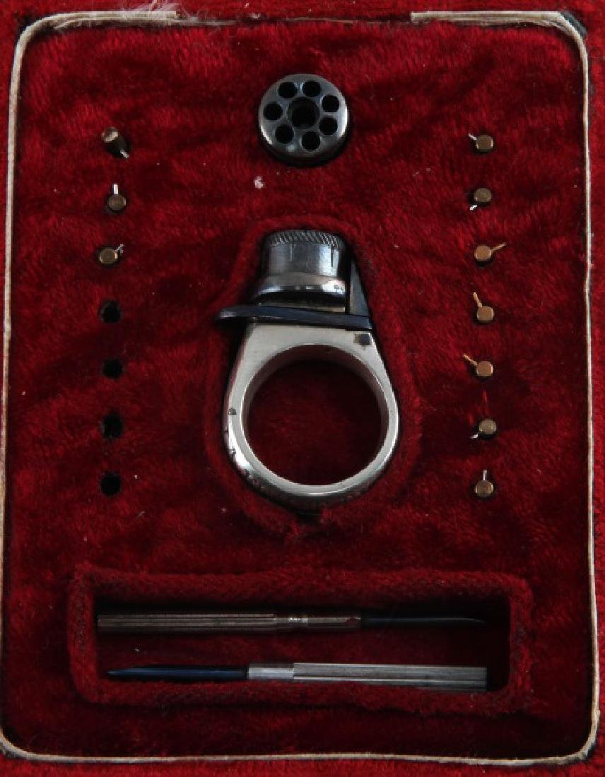 19TH CENTURY SELF DEFENSE LA FEMME FATALE RING GUN - 2