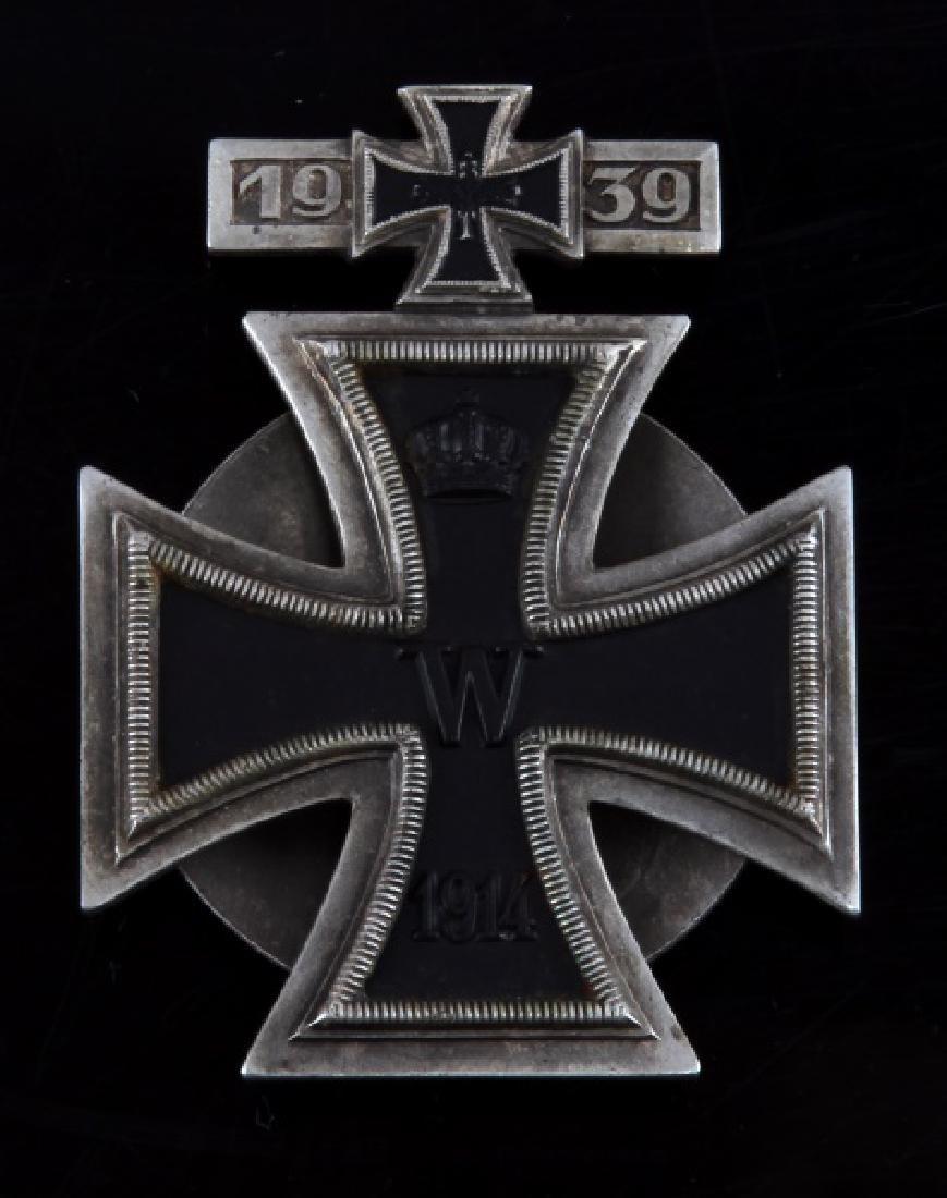 POST WWII GERMAN IRON CROSS SPANGE COMBINATION