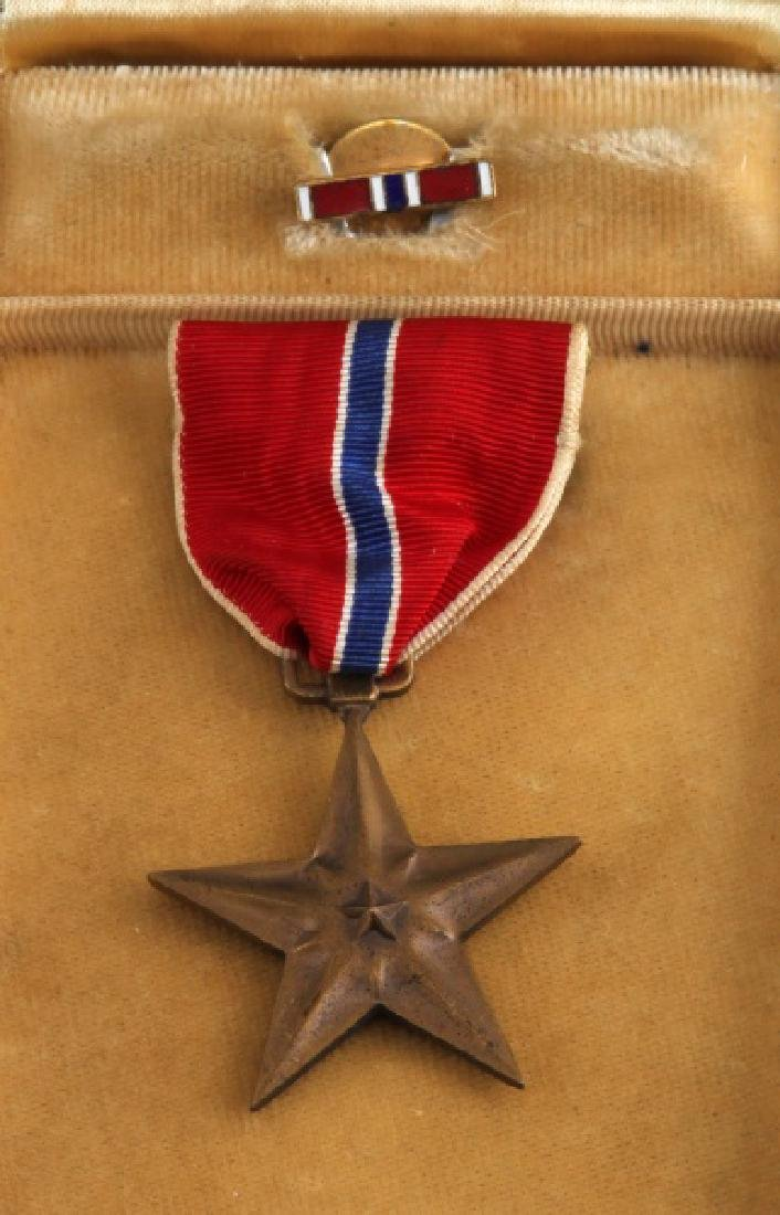 3 PURPLE HEART & 1 BRONZE STAR UNNAMED MEDAL LOT - 5