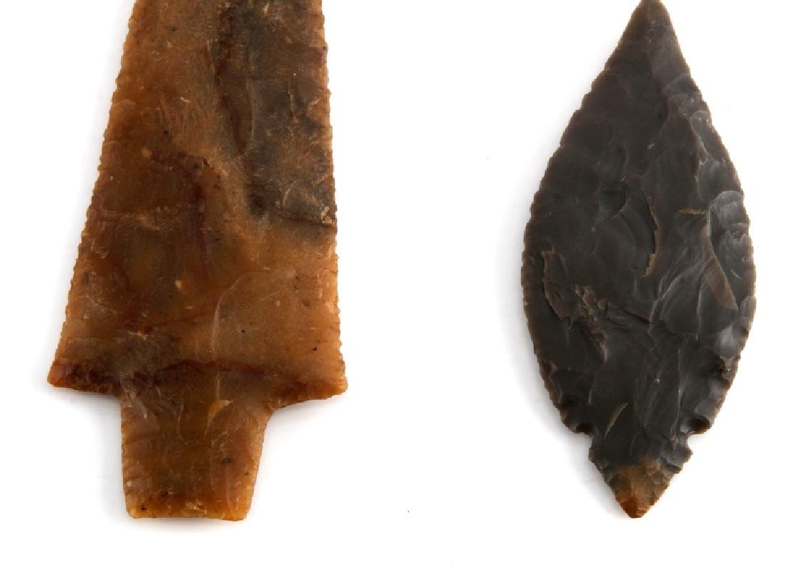 NATIVE AMERICAN HAND CARVED ARROWHEAD LOT OF TWO - 2
