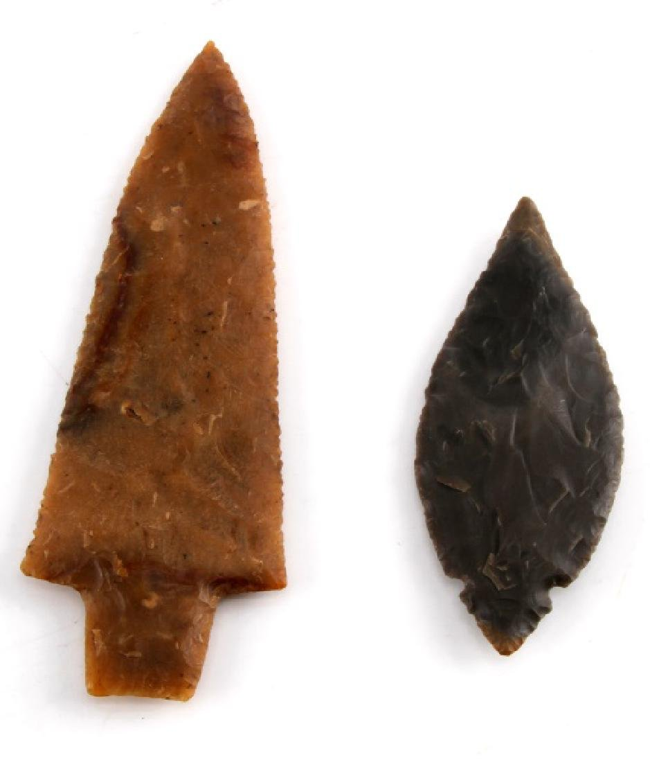 NATIVE AMERICAN HAND CARVED ARROWHEAD LOT OF TWO - 4