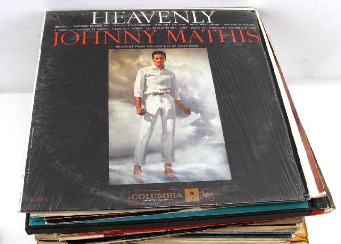 LOT OF OVER 60 VINTAGE TO ANTIQUE VINYL RECORDS - 3