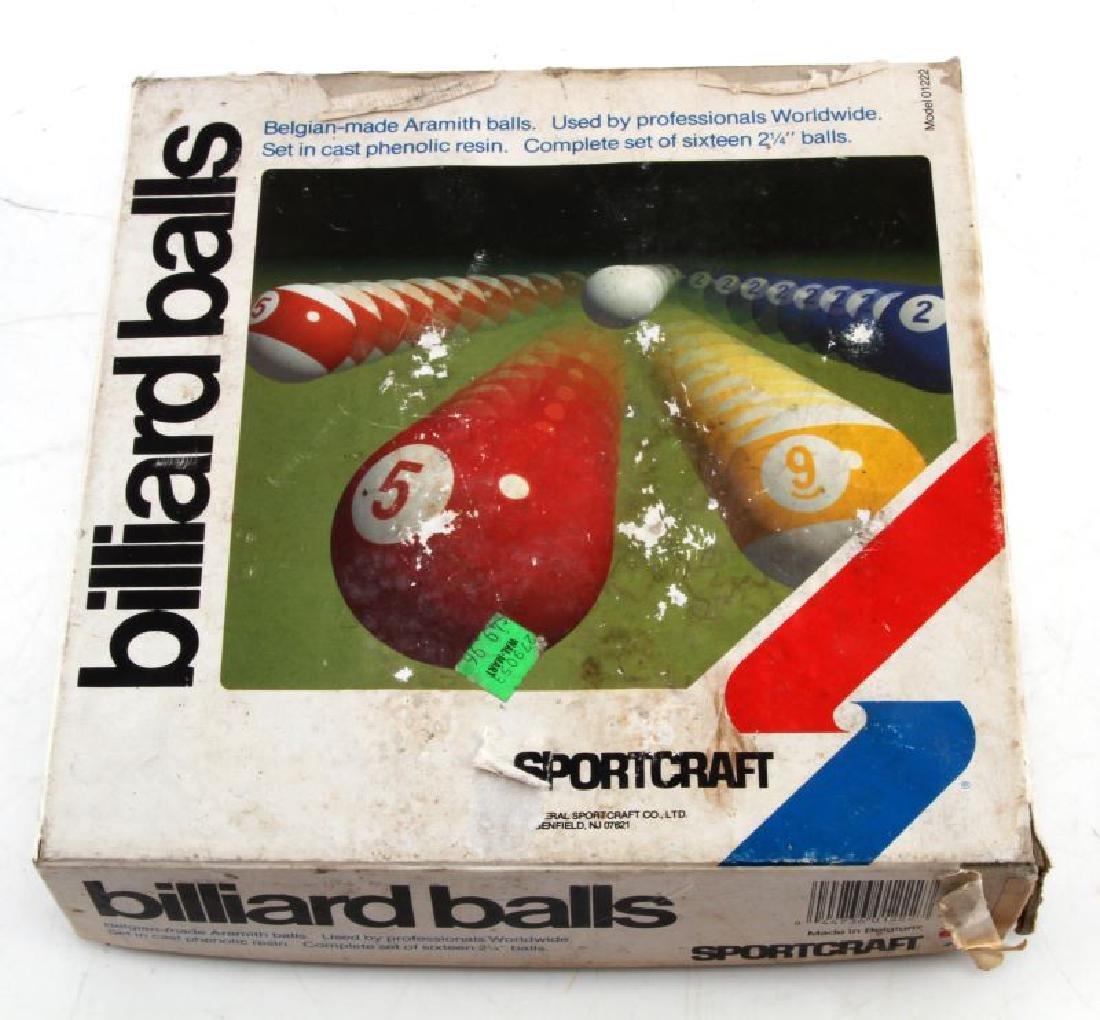 VINTAGE SPORTCRAFT BILLIARD BALLS SET IN ORIG BOX